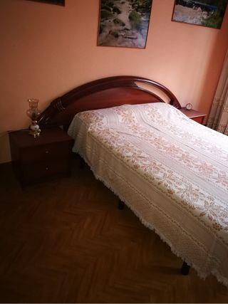 Dormitorio armario mesilla