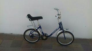 motoretta infantil azul