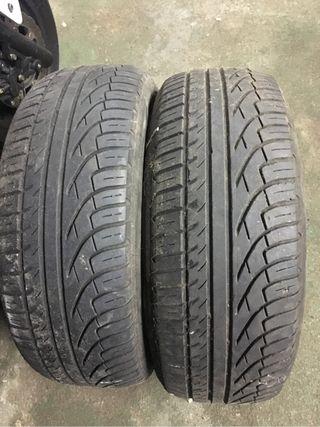 Neumáticos pareja