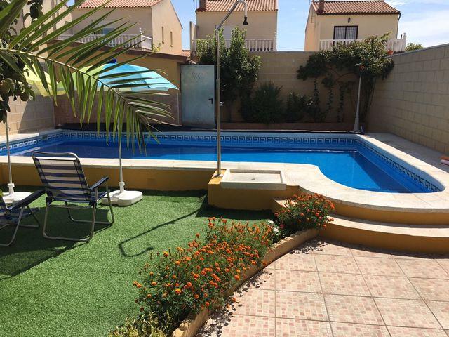 Casa en alquiler en el casar de escalona en wallapop for Oferta alquiler casa piscina agosto