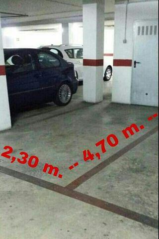 Se vende plaza de garaje con trastero ( Silla)