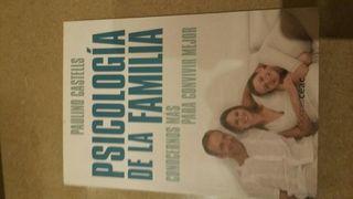 """Libro """"psicología de la familia """""""