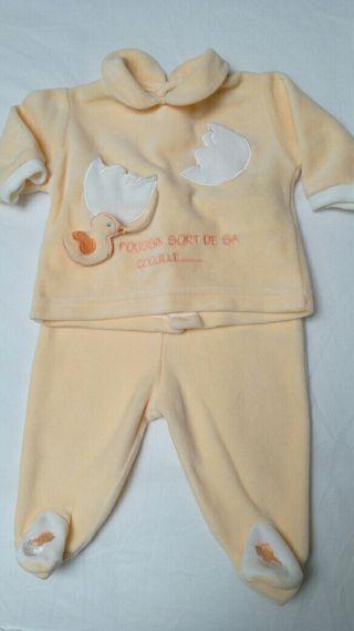pijama bebe 1 mes