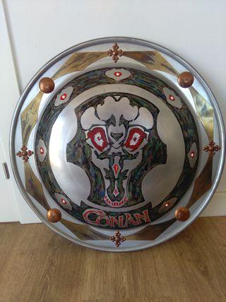 Réplica de escudo de Conan el Bárbaro