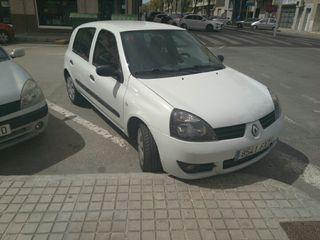 Renault Clio 2008 también acepto cambio...