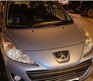 Peugeot 207 del año 2010