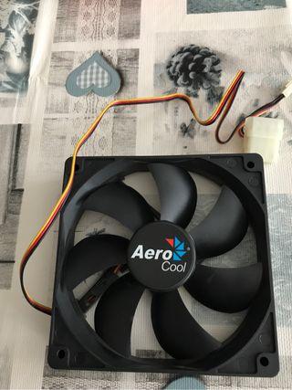 Ventilador pc 12 v. Aerocool