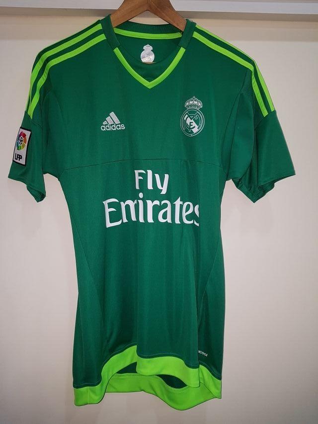 Camiseta Real Madrid portero verde T-S de segunda mano por 35 € en ... 92b065b2b098c