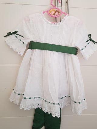 vestido blanco con lazo verde hecho a mano talla 3