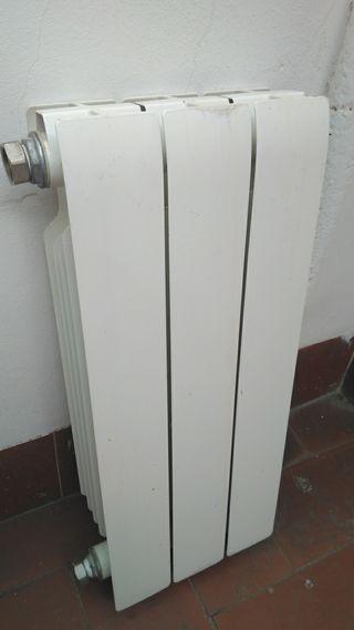 3 radiadores ,,ferroli,,-llamar 686-220-130