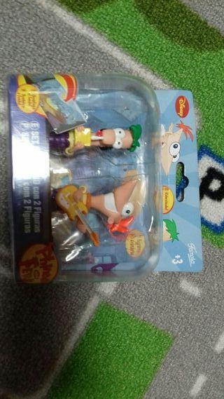 Muñecos de Phineas y Ferb