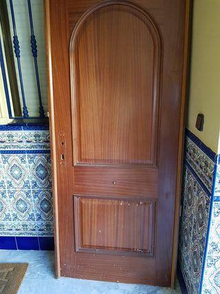 Puerta entrada de segunda mano por 20 en dos hermanas en wallapop - Puertas de entrada de segunda mano ...