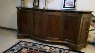 consola o aparador en madera de caoba