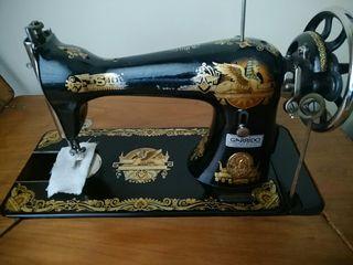 Máquina de coser Singer 1915