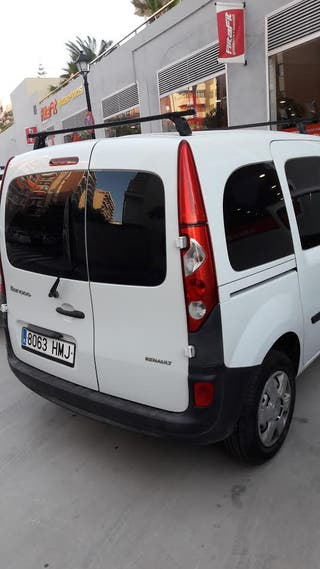 Renault Kangoo 2012.Muy poco consumo 75 CV