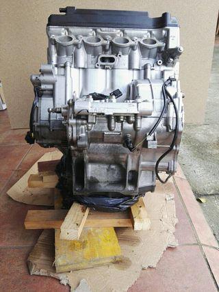 Motor honda cbr1000rr 05