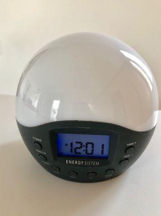 Despertador radio con luz de Energy system.