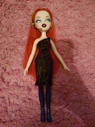 muñeca bratz