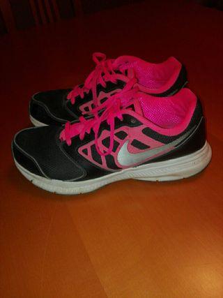 Zapatillas Nike 37,5