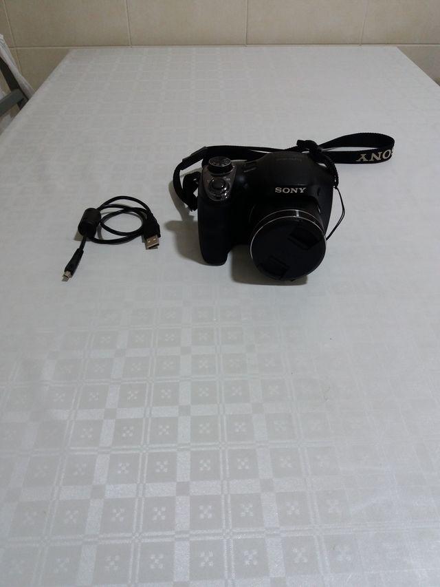 Camara Sony DSC-H300