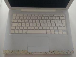 Portatil Apple Macbook 13. Modelo A1181