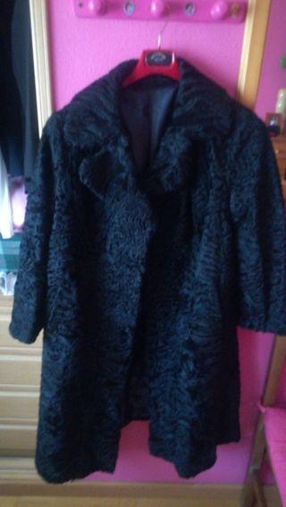 abrigo peletería astracán negro