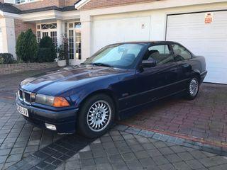 BMW 320i Coupé E36