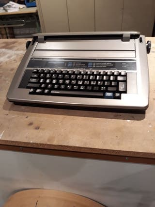 máquina escribir eléctrica