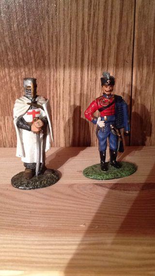 Figuras militares, templario y corsario