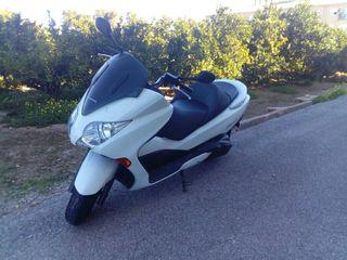 Moto Honda Forza 250cc