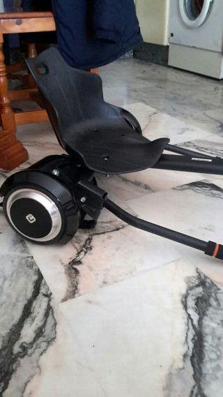Patin / Hoverboard eléctrico con asiento tipo kart