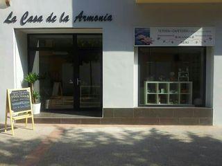 Traspaso local comercial - teteria y sala masajes