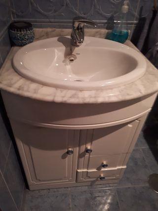 Mueble lavabo color blanco
