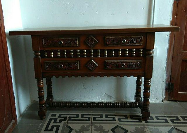 Antiguo mueble recibidor de estilo castellano de segunda - Muebles estilo antiguo ...