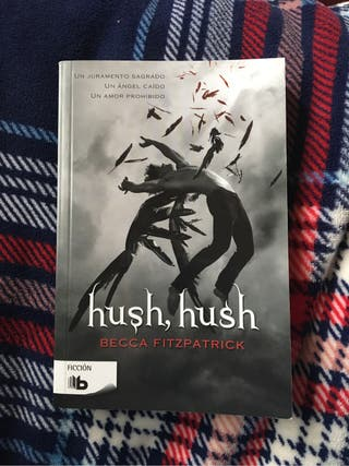 Libro Hush Hush