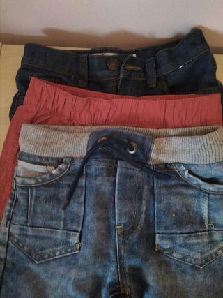 Lote pantalones cortos niño. T. 5