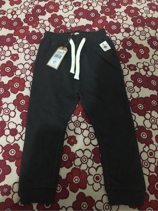 Pantalón talla 2-3 años Brotes nuevo a estrenar