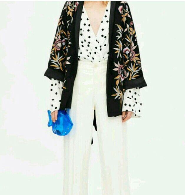 Kimono bordado zara nueva coleccion de segunda mano por 60 for Zara nueva coleccion