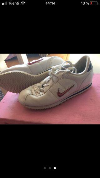 Nike cuero Cortez 02 talla 38