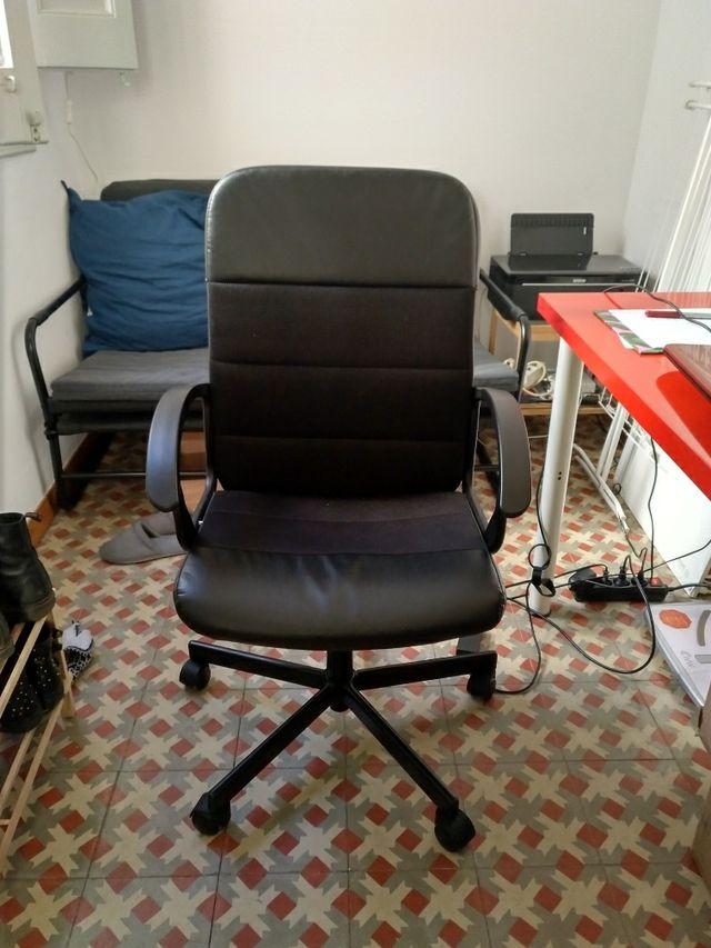 Silla oficina ikea de segunda mano por 25 € en Barcelona en WALLAPOP