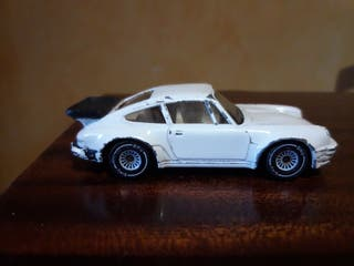 coche miniatura escala 1/64 PORSCHE 911