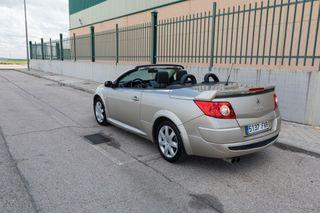 Renault Megane Pocos kms y garantía precioso