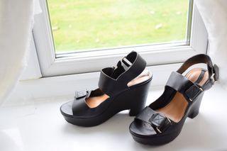 Pull&Bear high heels