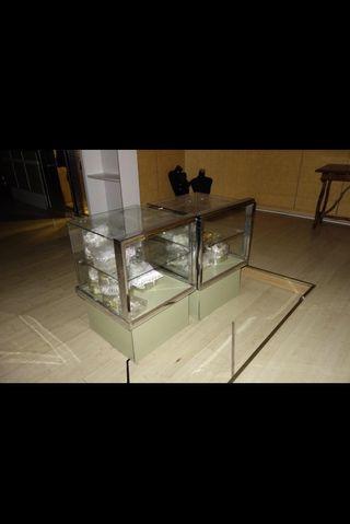 Mueble muebles tienda exposici n de segunda mano por 90 en madrid en wallapop - Muebles segunda mano madrid particulares ...