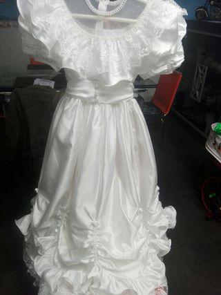 Vestido comunión talla 120,con faldón.