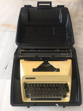 Maquina escribir Adler.