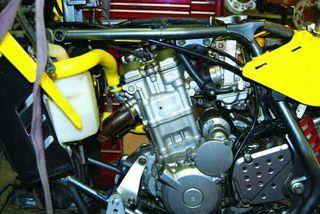 motor suzuki ltz