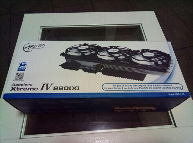 Disipador Accelero Xtreme IV 280X de segunda mano por 40