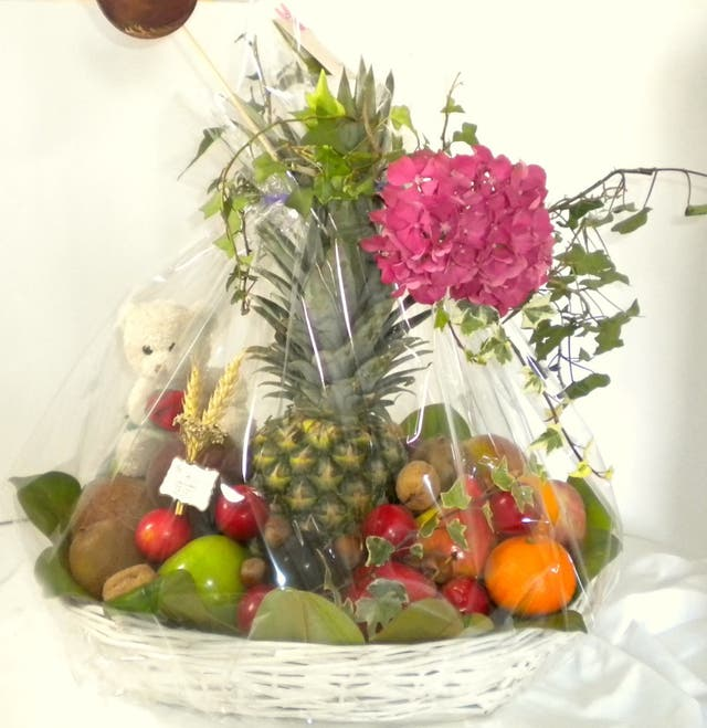 cesta frutas regalo barata