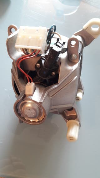 Motor lavadora whirpool AWM 5105/1